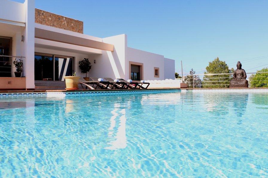 Villa Bellissima - a Stunning and Luxurious Private Villa