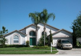 Villa 3.5 miles to Disney SECLUDED Pool,52 in HDTV