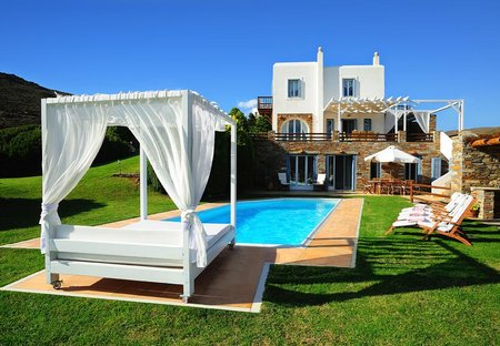 Villa in Kato Fellos, Andros