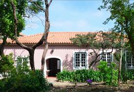 Vast seigneurial mansion 18 and 19th century (Casa Escola) 1/2