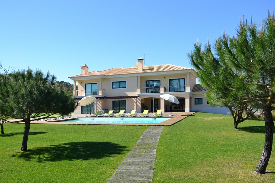 Villa in Portugal, Troia