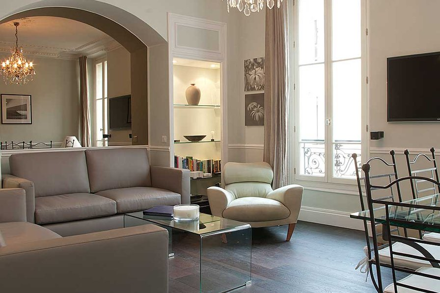 Apartment in France, Carre d'Or