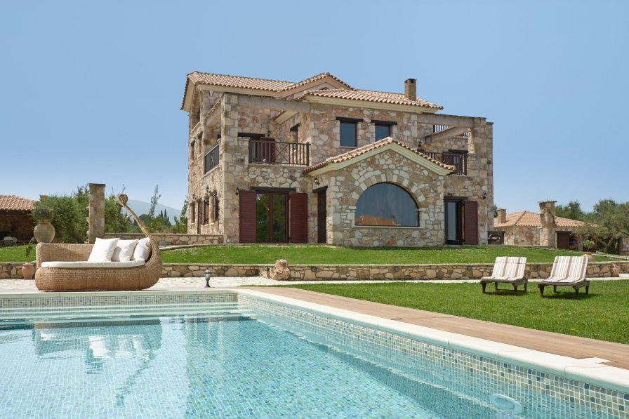 Owners abroad Awarded as World 5th in 2017 : Palazzo Di P, 5* Private Villa