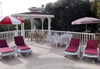 6 bedroom Villa for rent in Olu Deniz