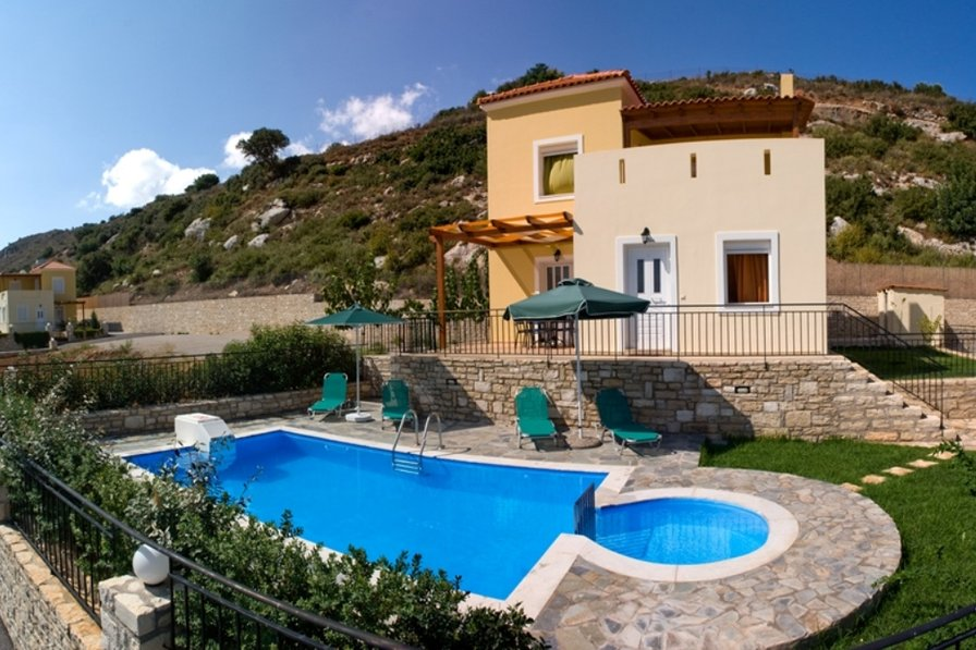 Villas Agios Antonios