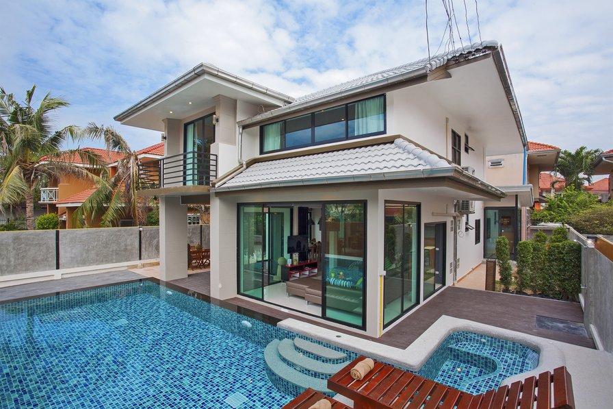 Jomtien Pool Villa Coral 1 & 2