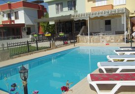 Villa Rose with private pool on walking distance from the beach
