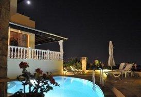 Villa Cést la Vie Sogucak with private pool