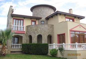 3 bedroom Villa for rent in Sogucak