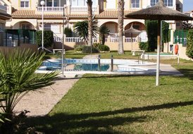 Costa Blanca South - Playa Flamenca 3 Bed House Overlooking Pool