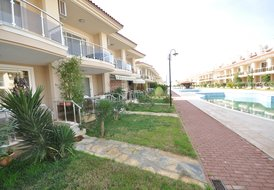1 Bedroom Apartment on Seafront Complex in Sunset Beach Club