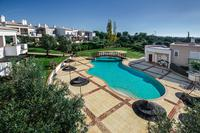 Villa in Portugal, Mexilhoeira Grande: Aerial view of pool area.