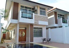 Villa Dhee