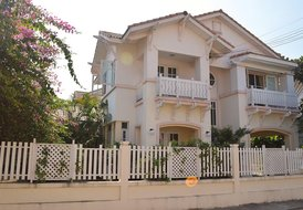 Villa Elzing near the beach from Jomtien, 500 meters