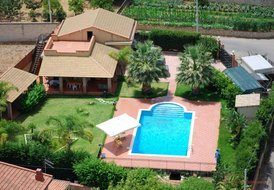 Beautiful villa in siciliy o6 max 6 people