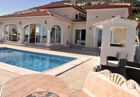 Villa Adelfas