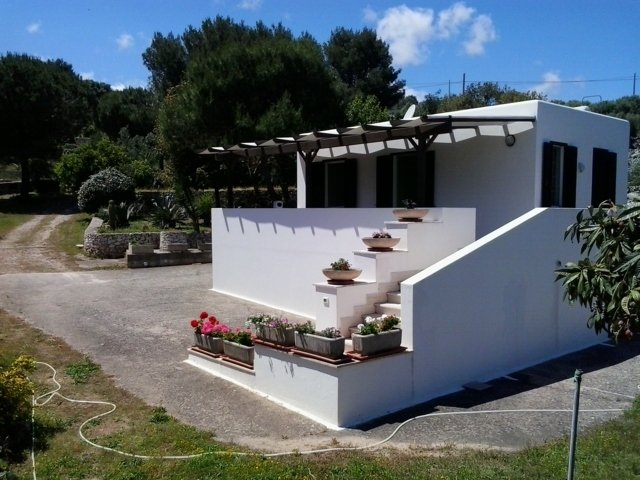 VILLA GIULIA SURROUNDED BY NATURE - PEACE AND RELAX NEAR THE SEA