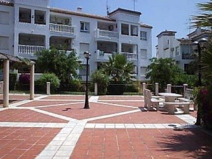 2 bedroom, 2 bathroom, ground floor apartment in Villamartin