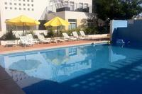 Apartment in Portugal, Cabanas De Tavira: Beautiful swimming pool plenty of sunbeds in sunbathing ..