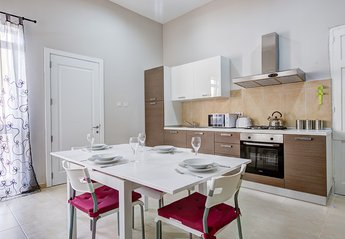 2 bedroom Apartment for rent in Sliema