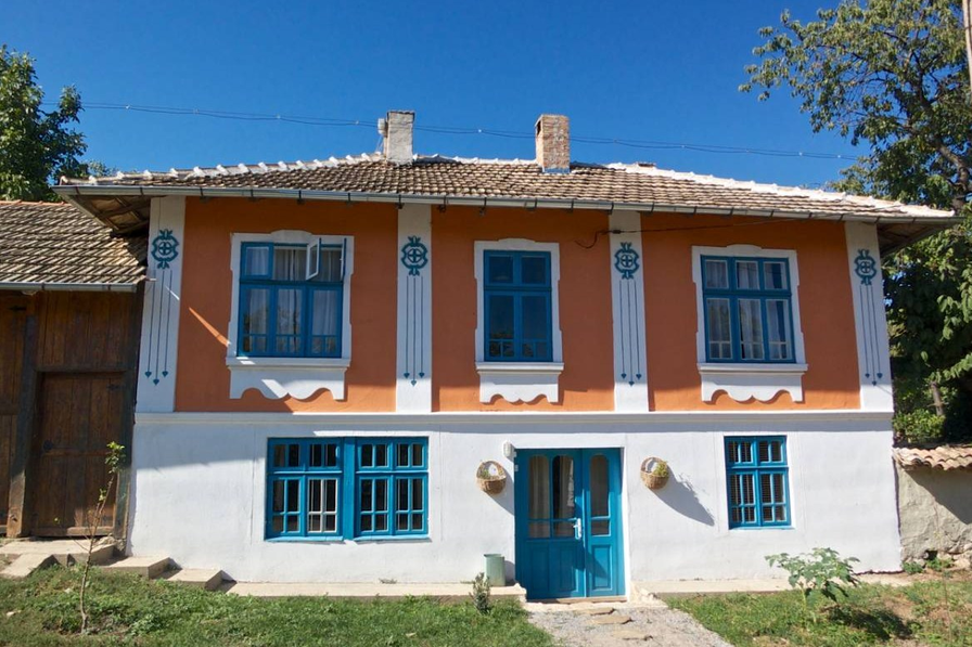 Farm house in Bulgaria, Palamartsa