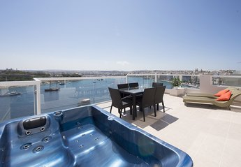 3 bedroom Apartment for rent in Sliema