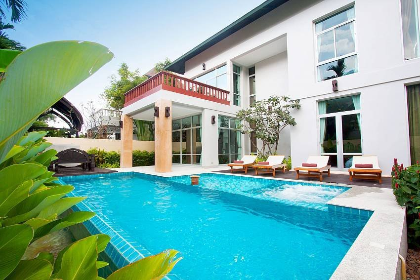 Owners abroad Jomtien Waree 4 | 4 Bed Pool Villa near Na Jomtien Beach South Pa