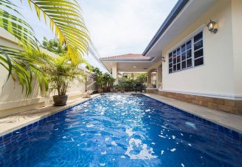 5 bedroom Villa for rent in Pattaya