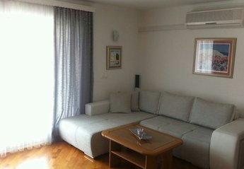 2 bedroom Apartment for rent in Cavtat