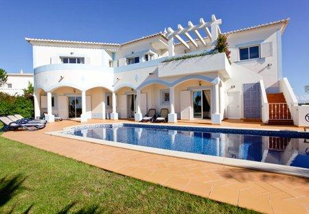 Villa in Parque da Floresta, Algarve: Rear of villa.
