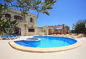 Villa in Xaghra, Malta