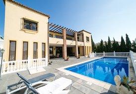 Amazing 6 Bedroom Villa in El Chaparral, Mijas Costa