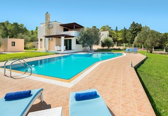 4 bedroom Villa for rent in Kolymbia