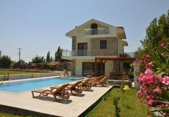 5 bedroom Villa for rent in Dalyan