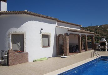 Villa in Spain, Iznate: House and Pool