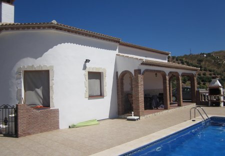 Villa in Iznate, Spain: House and Pool