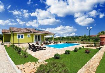 Villa in Croatia, Rogočana