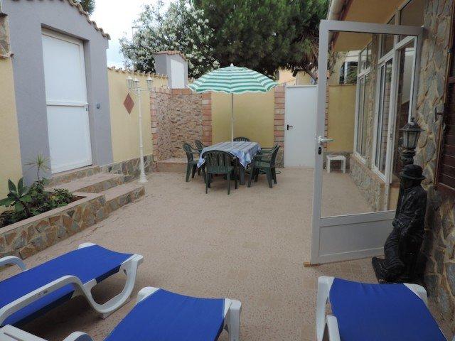Owners abroad Beach side 3 Bed Villa La Zenia only 4 mins walk to Beach!!!!!
