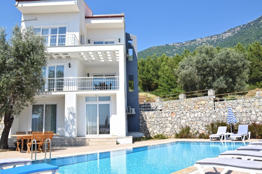 Villa in Turkey, Ovacik