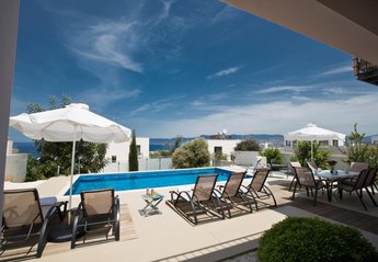 3 bedroom Villa for rent in Latchi