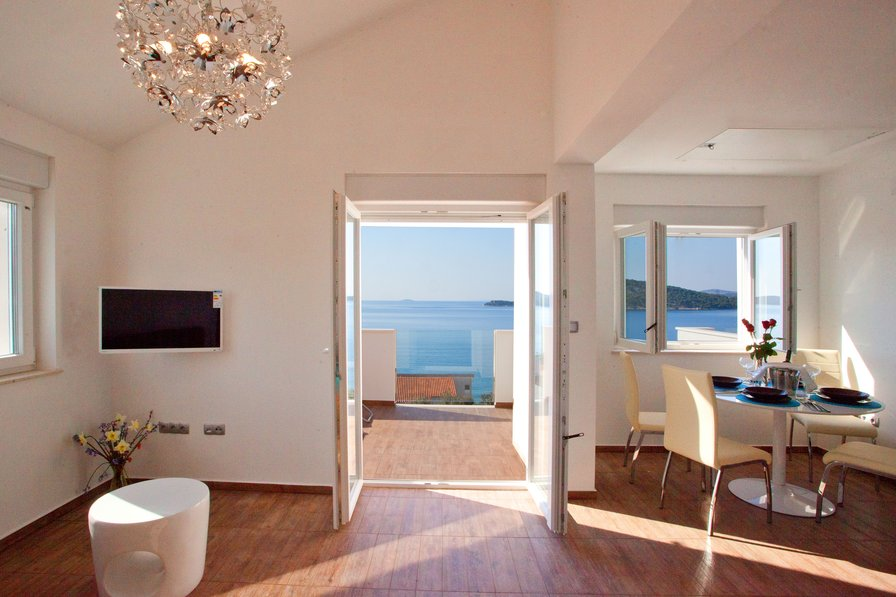 Penthouse apartment in Croatia, Razanj