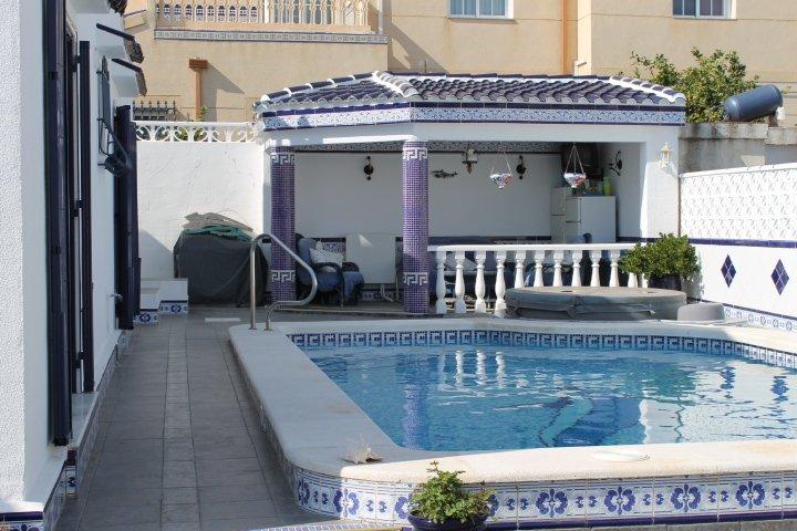 Villa in Spain, Urbanización La Florida