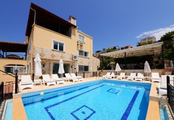 Villa in Turkey, Kalkan: Villa Tepe Kalkan with fantastic kalkan seaviews. Lovely family villa.