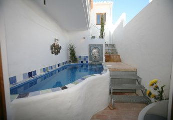 House in Portugal, Alvor: Cooling off pool