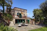 Villa in Italy, S.Agata Sui Due Golfi: Garden and terrace areas
