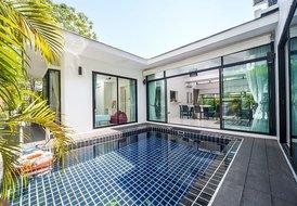 Phuket | Villa Chabah - 3 Bed