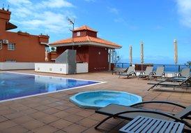 Sea view 1bed apartment in Los Gigantes, sleeps 3, No1