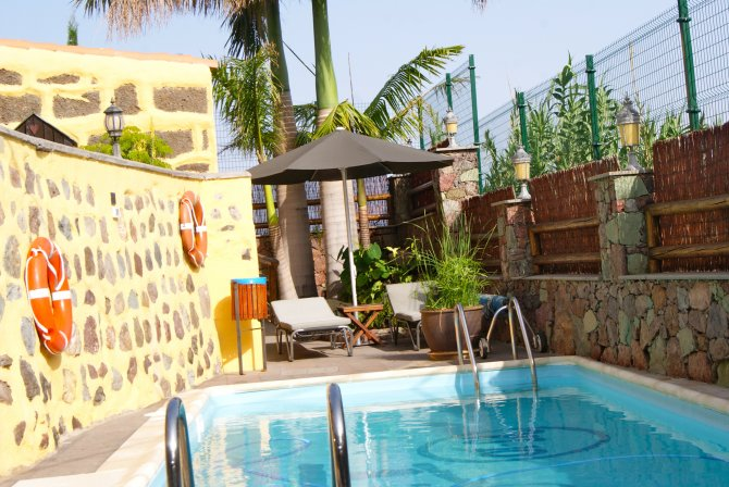 Villa to rent in gran canaria spain with private pool for Villas en gran canaria