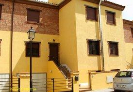 Casa Amarillo Cozvijar