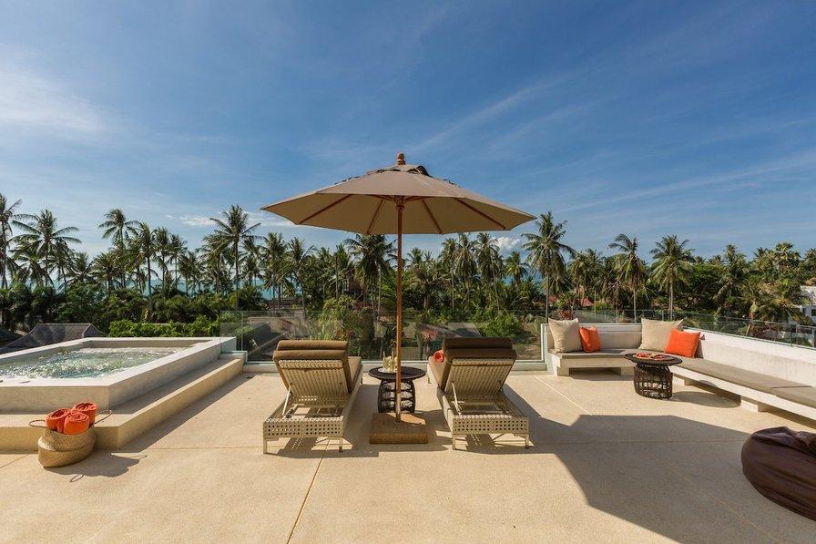 Villa in Thailand, Ban Tai: Roof top lounge at Pina Colada Villa, a 5 bedroom private villa locate..